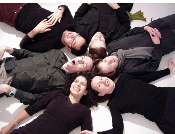 Photo de l'équipe Zen+dCo à l'atelier au 176 rue du Temple