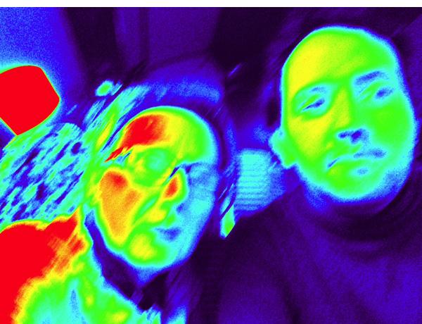 Premier selfie ou égoportrait avec l'Ipad de Zette Cazalas et Jesus Pacheco