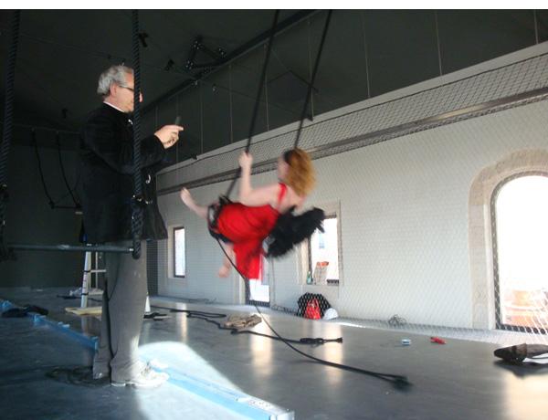 Zeev Gourarier et Zette Cazalas dans la salle du cirque Berger au MuCEM Fort Saint Jean, 2013
